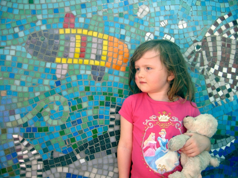 girl with her fish